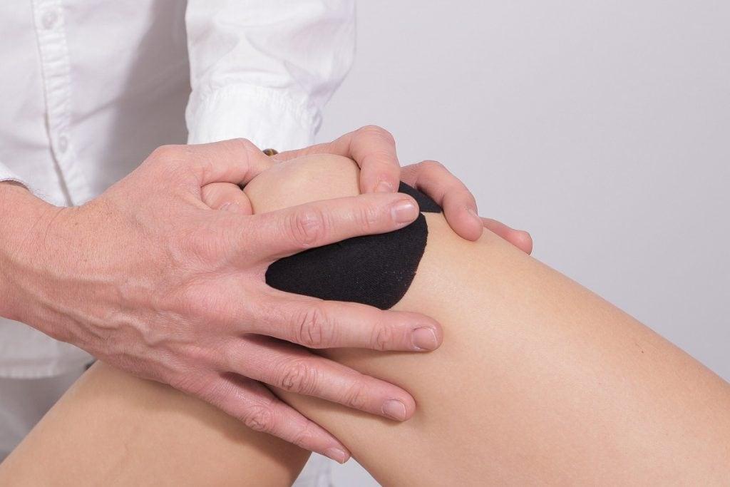 ból po zewnętrznej stronie kolana